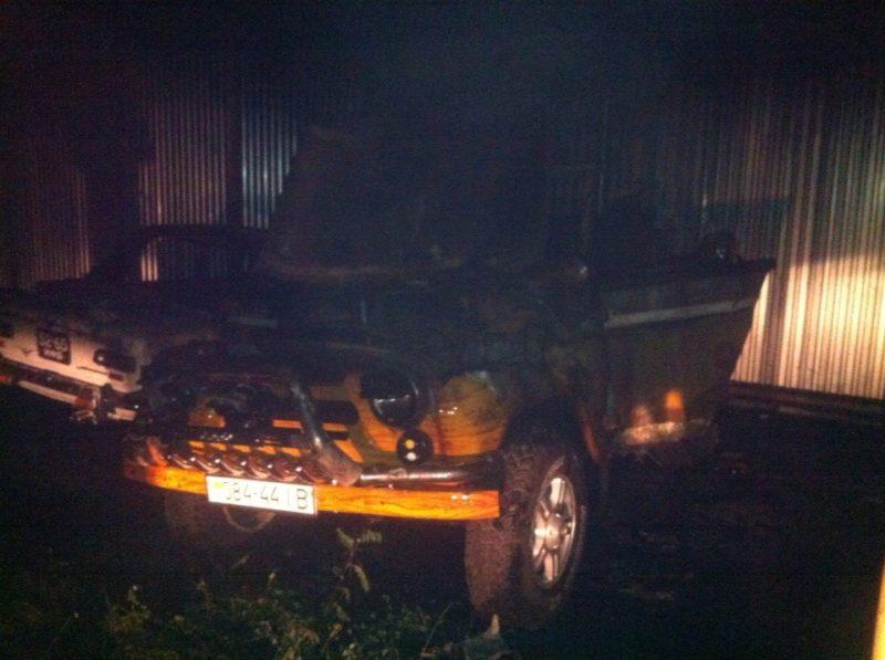 У Калуші спалили три автомобілі активіста самооборони