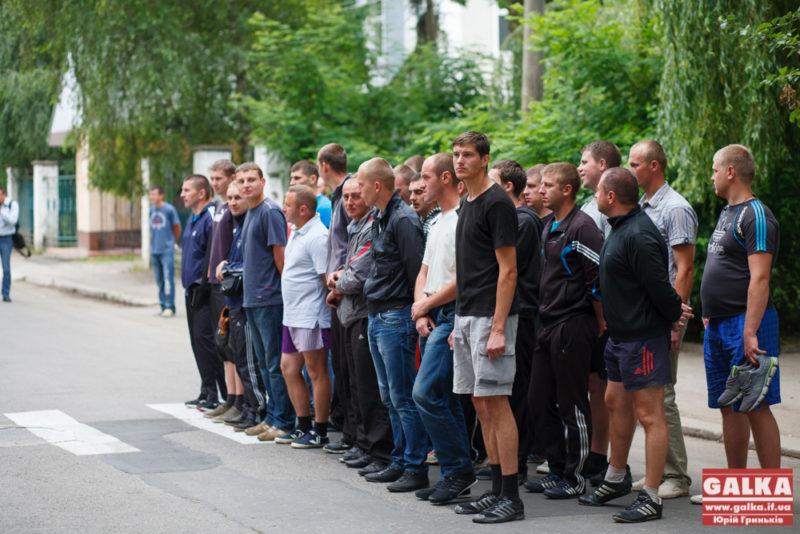 Батальйону «Франківськ» пообіцяли повне забезпечення