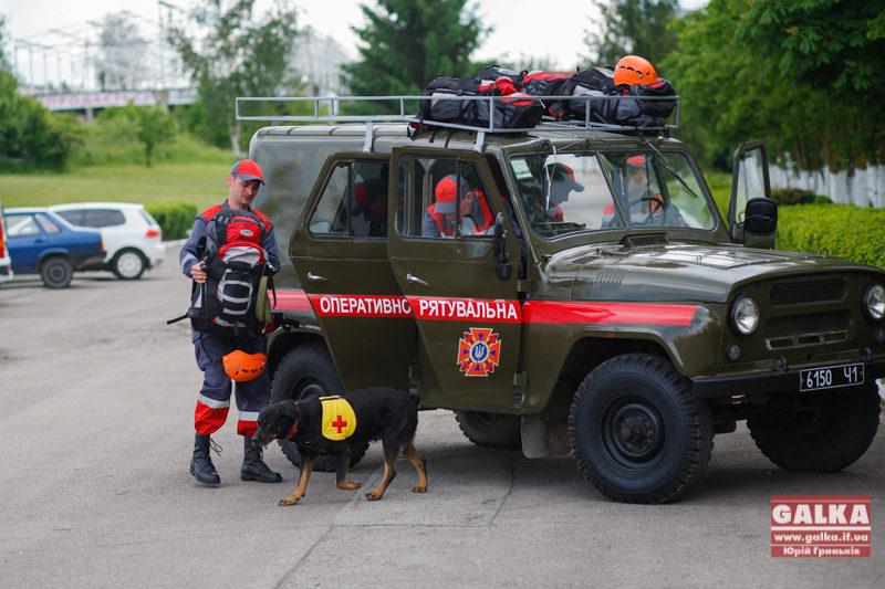 На Снятинщині водій зніс електроопору – потрапив у реанімацію
