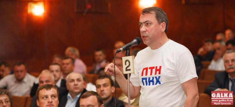 Депутат облради вважає, що Порошенко і Клімкін брешуть українцям про ЄС