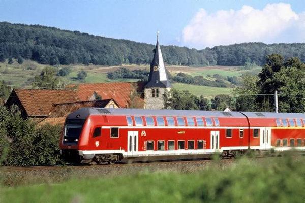 У німецьких швидкісних потягах появиться інтернет