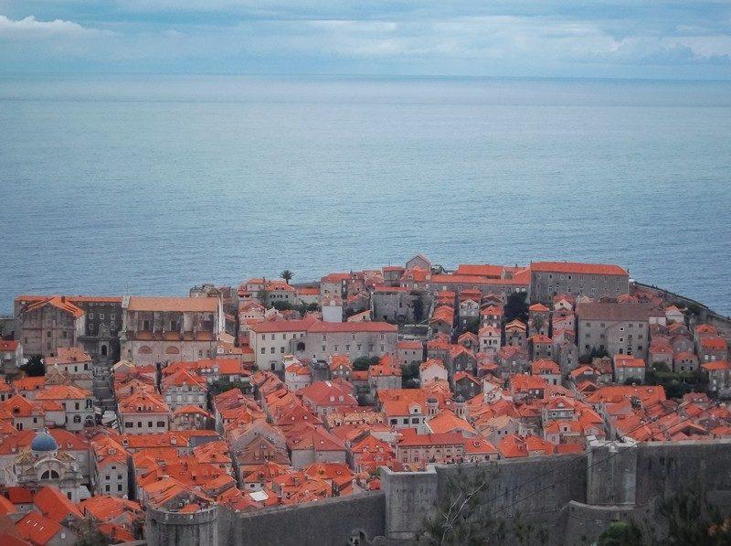 Паркування в центрі хорватського Дубровніка обійдеться в понад 100 євро за добу