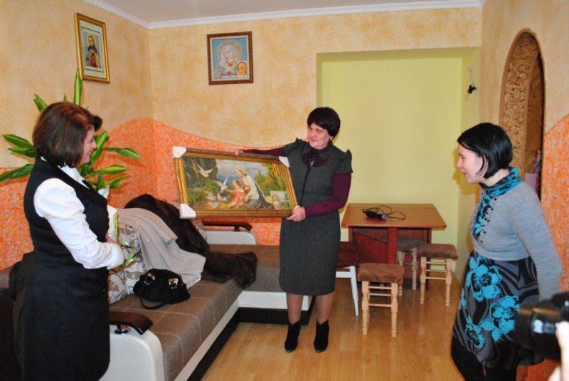 У Дзвинячі для жінки із інвалідністю придбали житло