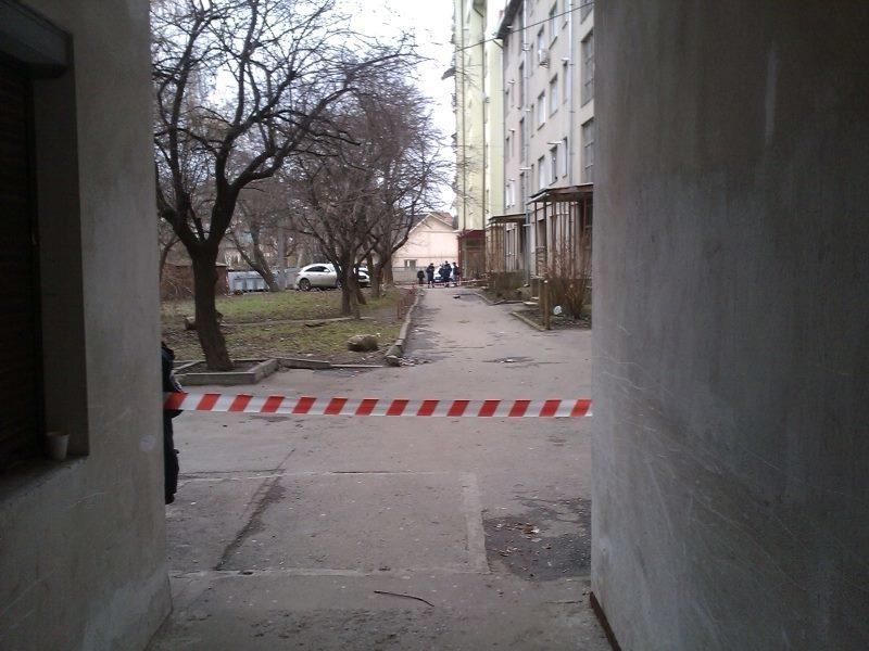 У Івано-Франківську на вулиці Галицькій замінований будинок?