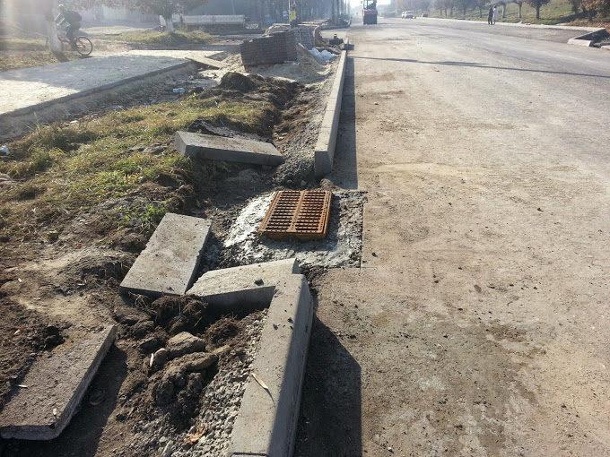 За потреби Івано-Франківськавтодор переремонтує вулицю Манюха за свій кошт