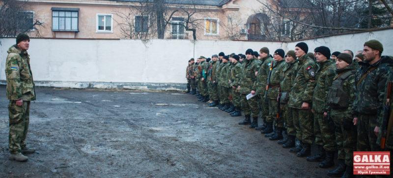 Майже сотня прикарпатських міліціонерів відправилася захищати Маріуполь (ФОТО)
