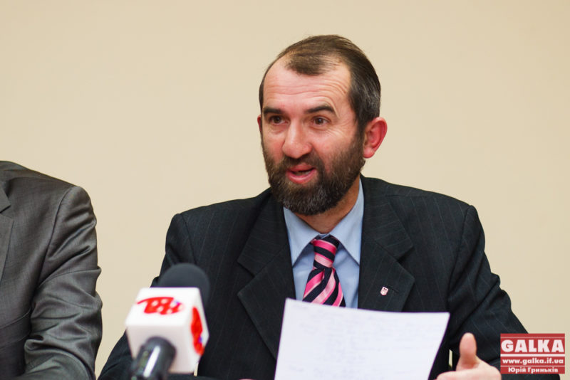 Депутат облради: до змін закону про люстрацію треба долучити парламентарів та громадськість