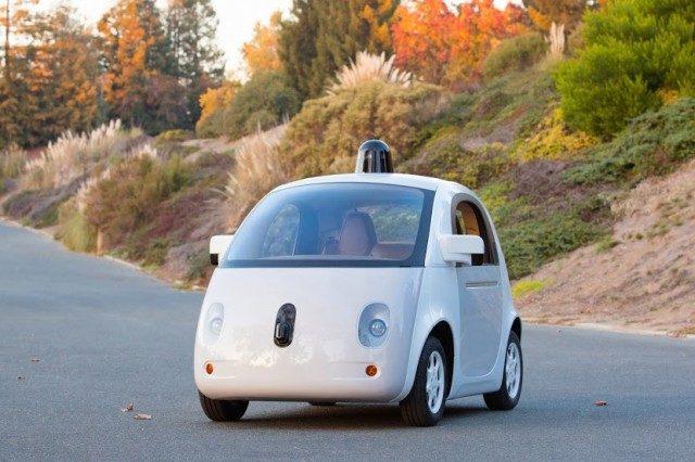 Google показав робочий прототип автомобіля на автопілоті