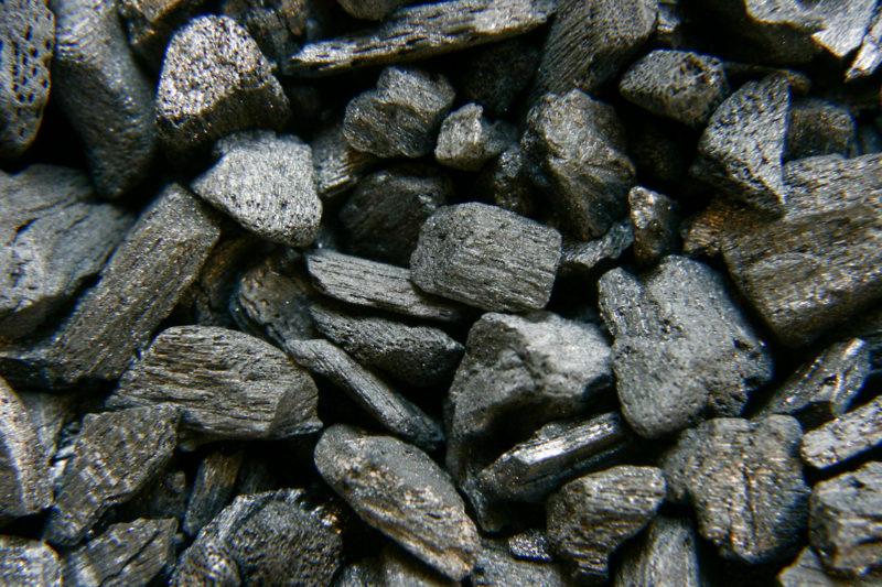 На Бурштинській ТЕС обвалилося заскладоване вугілля – загинув працівник