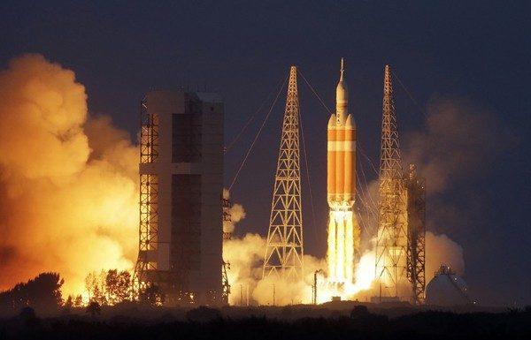 На орбіту вийшов Orion – корабель, на якому в 2021 році людина полетить на Марс