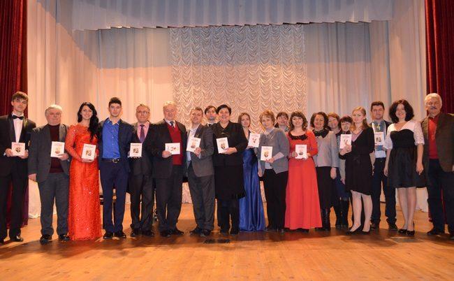 Студенти і викладачі Прикарпатського отримали новорічний подарунок з Канади