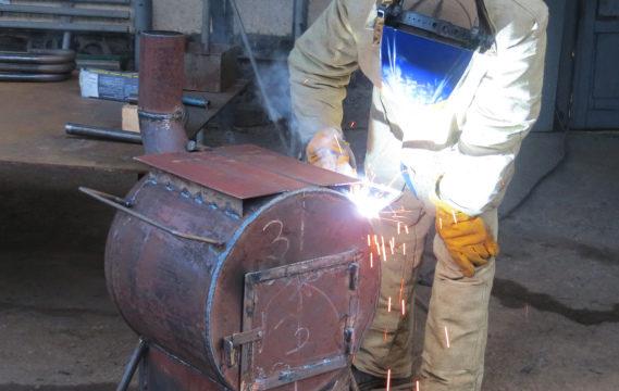 Франківські газовики виготовляють обігрівачі для учасників АТО