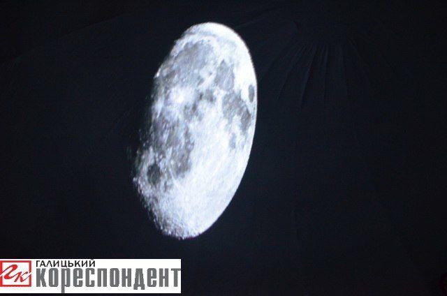 Пересувний планетарій презентували у Івано-Франківську (ФОТО)