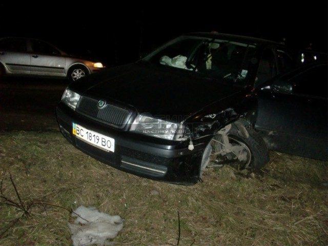 Військовий комісар вчинив аварію та втік з місця пригоди (ФОТО)