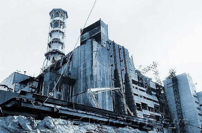 Франківцям представлять книжку про туризм у Чорнобильську зону