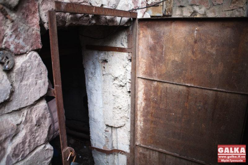 Комунальники обіцяють за місяць навести лад у більшості підвалів міста