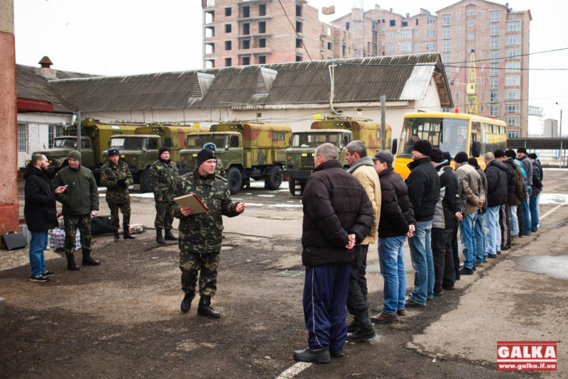 Під час п'ятої хвилі мобілізації призиватимуть танкістів, артилеристів, спеціалістів ППО