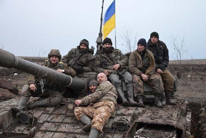 Франківський боєць разом з побратимами вкрав у сепаратистів танк (ФОТО)