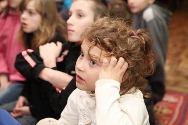 В обласному дитячому санаторії діти вчились бути батьками (ФОТО)