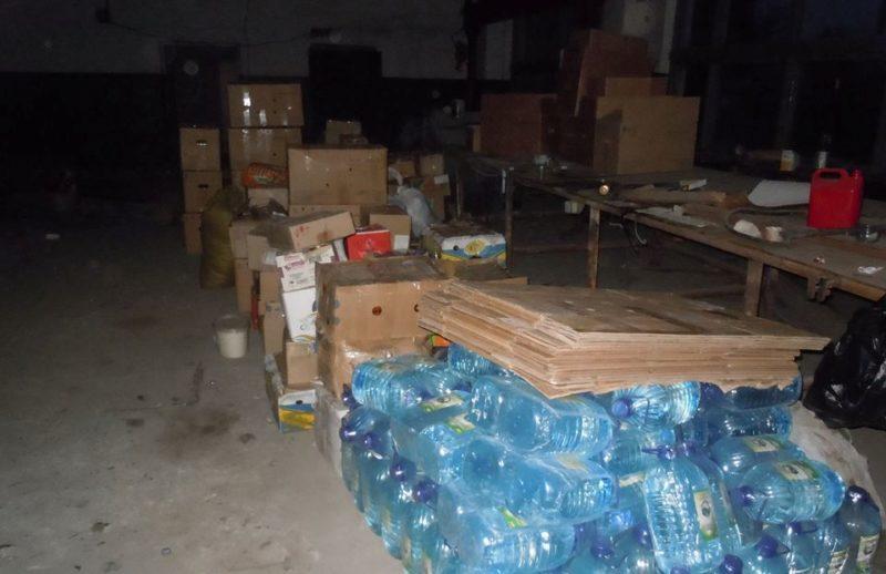 Добровольцям в зону АТО передали вісім тонн продуктів, зокрема, 17 відерець вареників