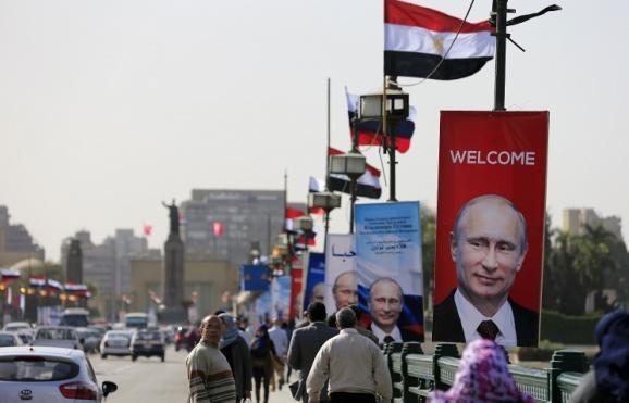 Єгипетський оркестр вітав Путіна гімном Росії та не потрапляв у ноти