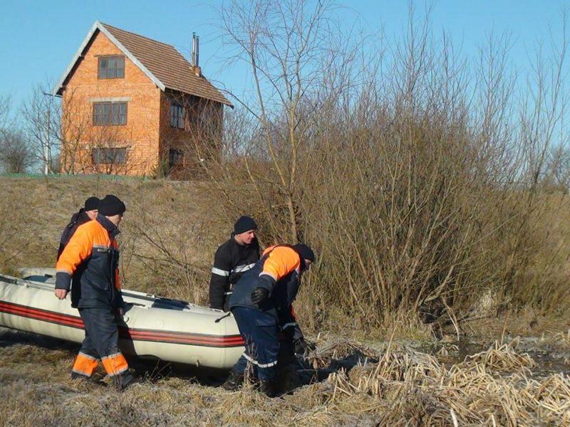 лебеді2 рятувальники