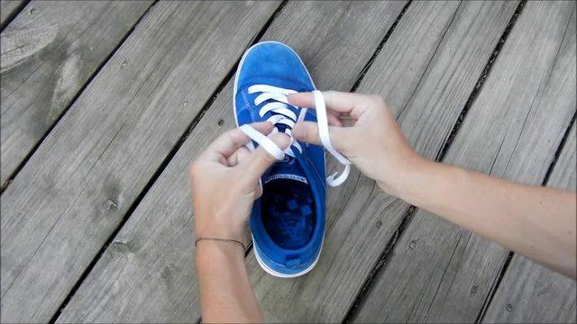"""""""Галка"""" рекомендує: як зав'язати шнурівки за 1 секунду (відео)"""
