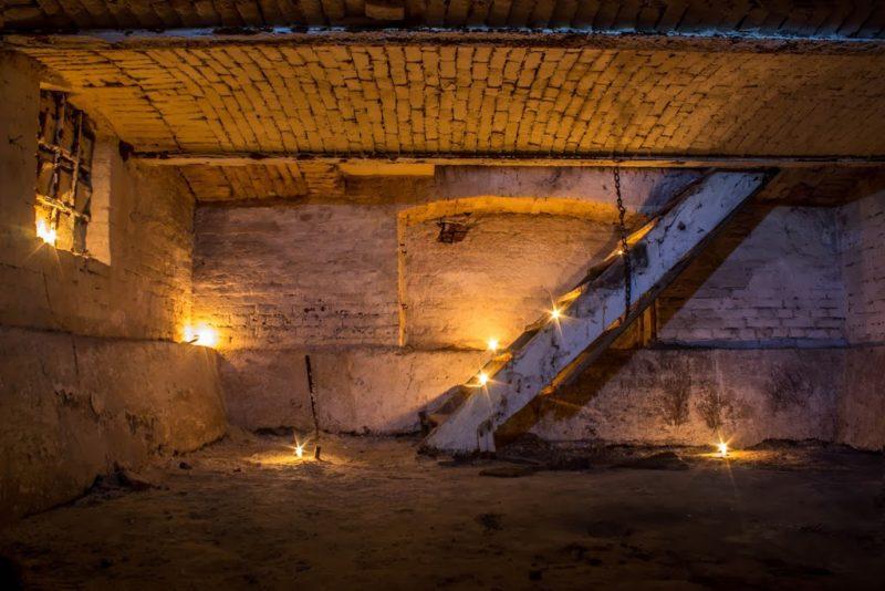Франківські екстремали побували у підвалі Палацу Потоцьких (ФОТО)