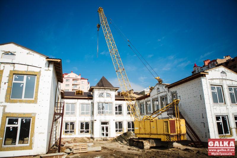 На Пасічній продовжується будівництво нового дитсадка (ФОТО)