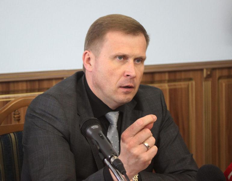Голова ОДА обіцяє звільнити усіх, хто псує мобілізацію (ФОТО)