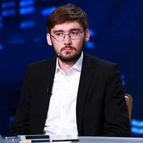 """""""Про Саакашвілі ви скоро згадуватимете як про Парасюка"""", – політолог"""