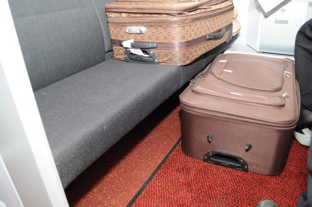 Француз намагався у валізі провезти росіянку (фото)