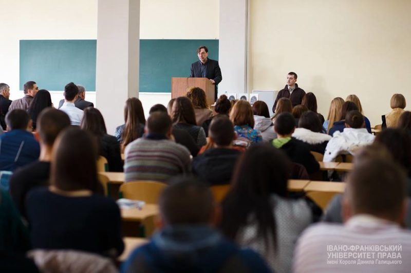 Юрій Андрухович поспілкувався зі студентами (ФОТО)