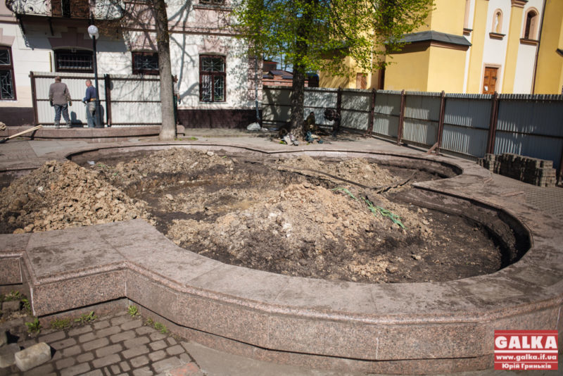 Коване сонце, памятник Шептицькому-7802