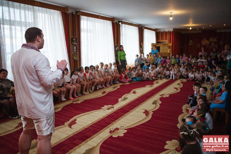 Садочок, вул. Нова, діти, дітки, Павлів-5592