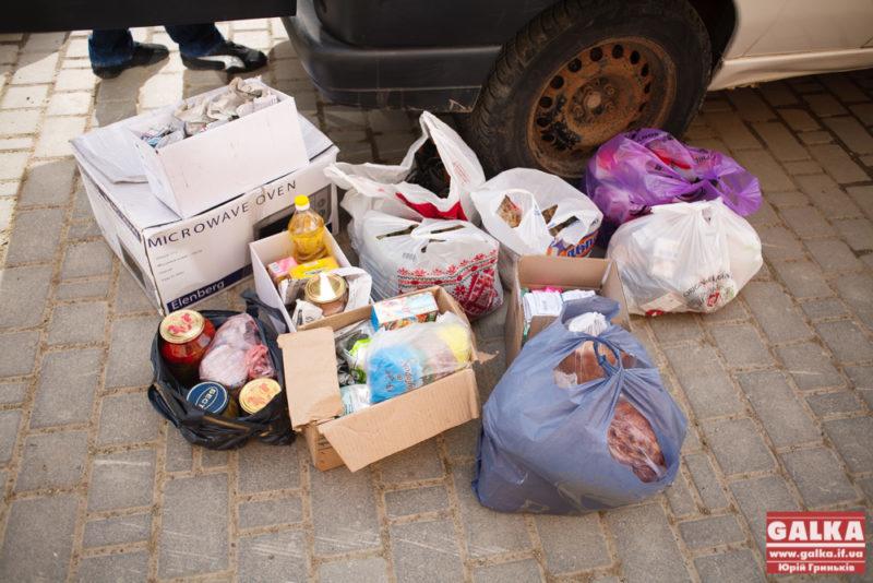 Волонтери знову їдуть в АТО – збирають речі для бійців (СПИСОК)