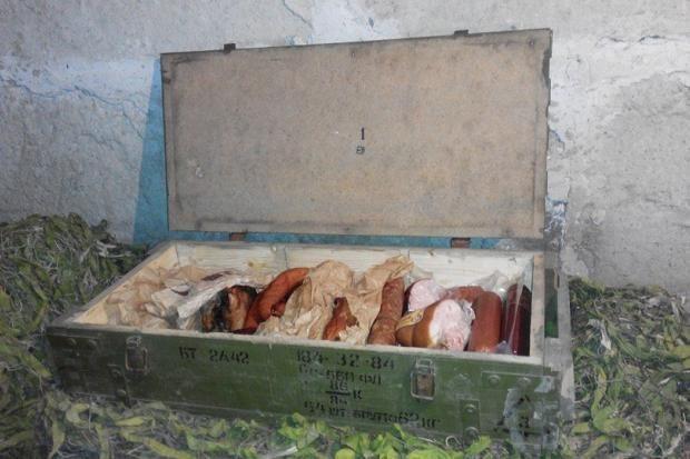 У зоні АТО замість великоднього кошика – ящик від боєприпасів (ФОТОФАКТ)
