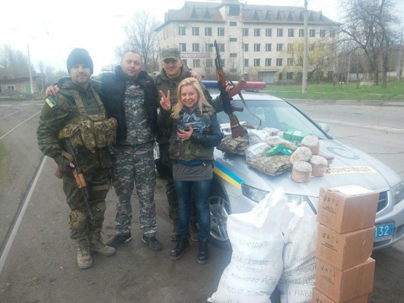 Прикарпатські волонтери провідали бійців АТО в Угледарі та Маріуполі (ФОТО)