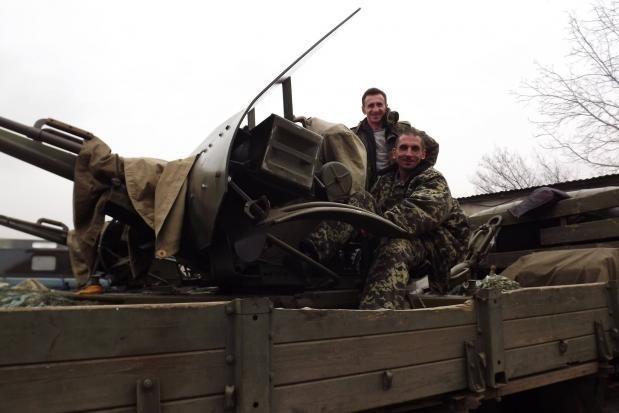 """""""Полонені"""" на Луганщині калуські волонтери повернулися додому"""