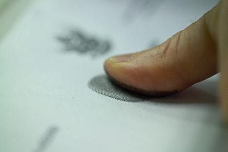 Вчені створили тест на наркотики за відбитками пальців