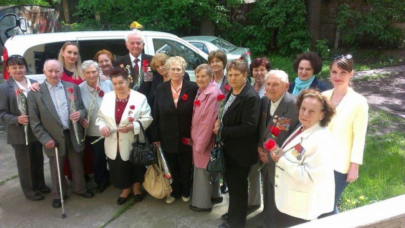 """Прикарпатський """"Опозиційний блок"""" привітав ветеранів та передав їм вітання від Халаменди (ФОТО)"""