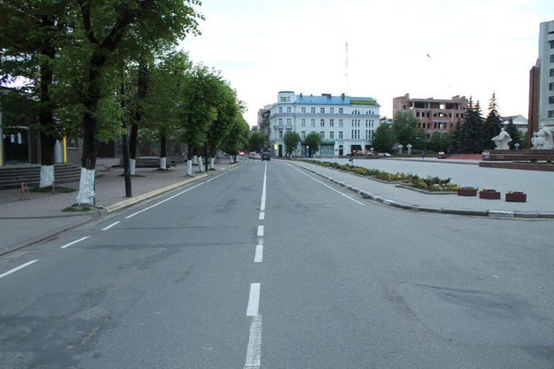 На вулиці Грушевського з'явилися велосмуги (ФОТО)