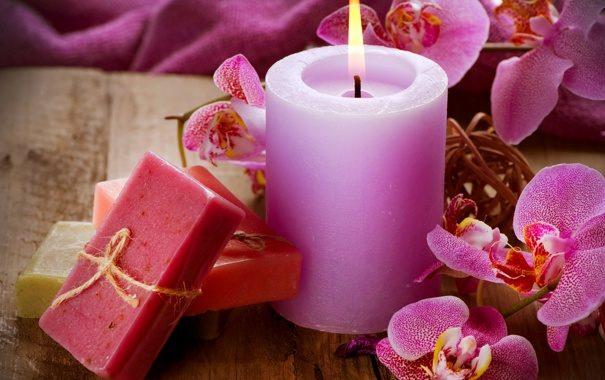 mylo-svecha-cvety-orhidei-soap