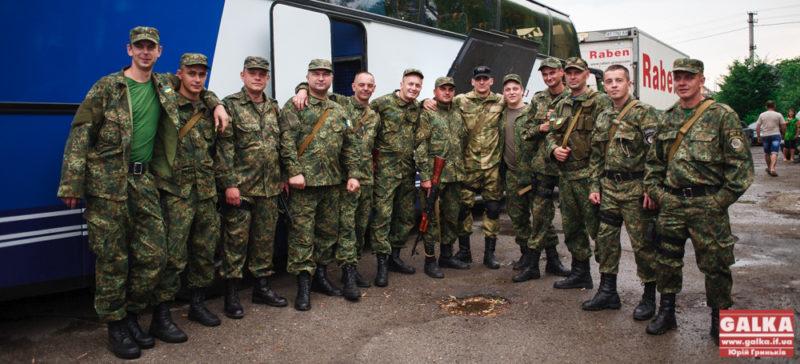 Правоохоронці з Івано-Франківська відправилися до Маріуполя (ФОТО)