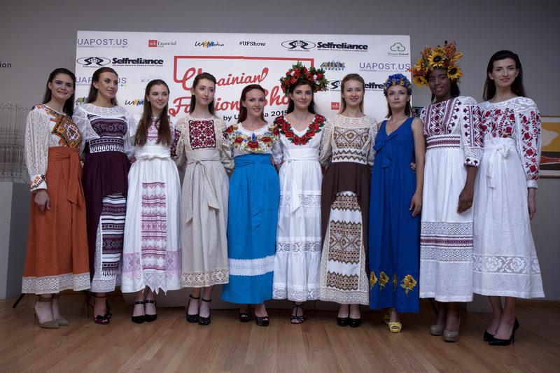 Дизайнерка з Івано-Франківська представила колекцію одягу на модному показі у Чикаго