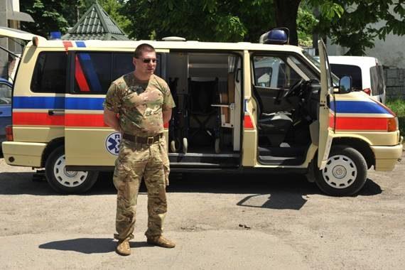 Рогатинці передали в зону АТО автомобіль швидкої медичної допомоги (ФОТО)
