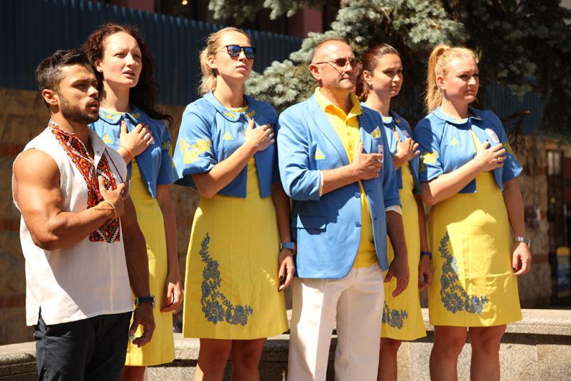 Жіноча команда з баскетболу пообіцяла привезти з Баку перемогу (ВІДЕО)