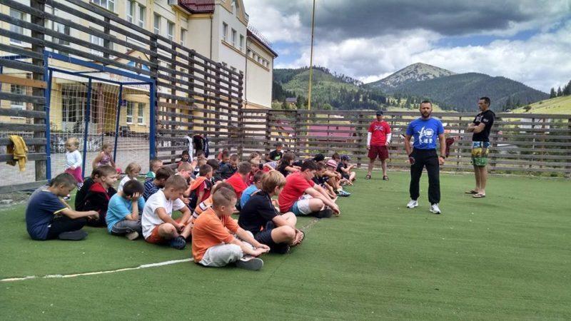 Івано-франківські спортсмени зміцнювали здоров'я у Карпатах (ФОТО)