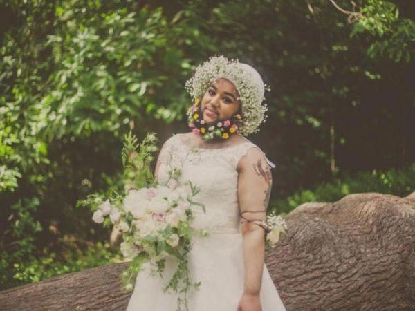 Бородата наречена знялася у ніжній фотосесії (ФОТО)