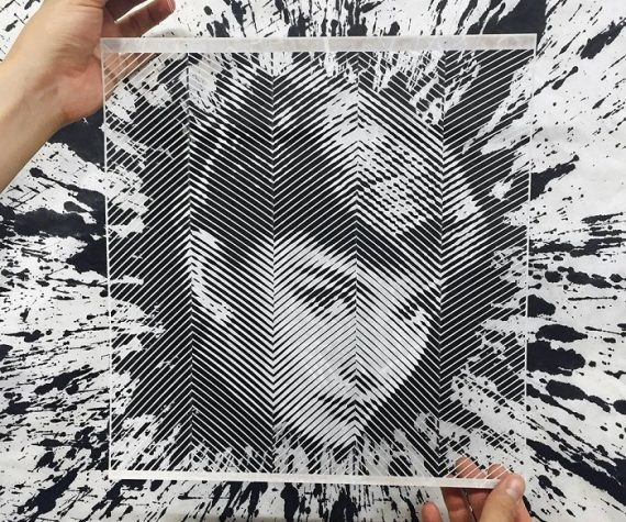 Художник вміло створює портрети відомих людей ножем та пінцетом (ФОТО)